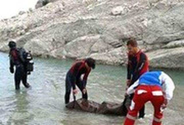 فرماندار آبیک: عملیات جستجو برای پیدا کردن جسد جوان 23 ساله در رودخانه زیاران ادامه دارد