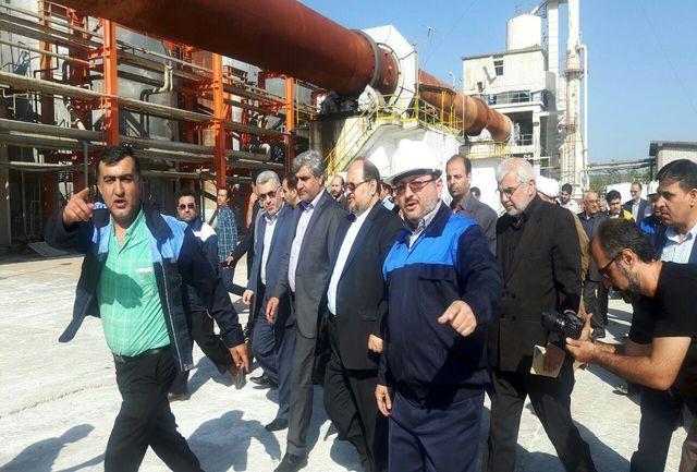 وزیر صمت از کارخانه چوکا در تالش بازدید کرد