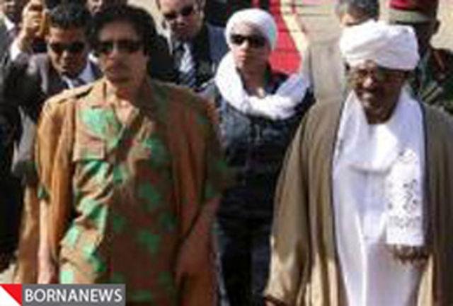 قذافی: انقلاب تونس عجولانه بود