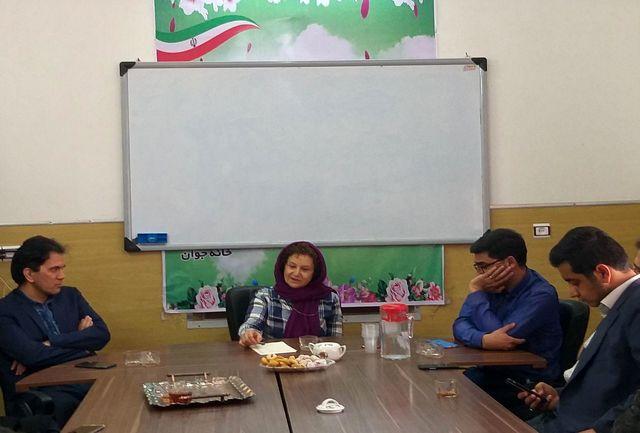 فعالین سمن های جوانان با مدیرعامل خانه خورشید به گفتگو نشستند