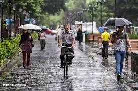 ادامه باران رگباری در اصفهان واحتمال آب گرفتگی معابر عمومی