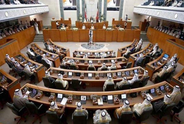 مجلس یک ماه تعطیل شد/تشدید تنش میان دولت و نمایندگان+جزییات