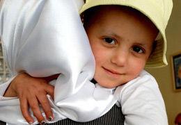 برپایی بازارچه خیریه به نفع کودکان مبتلا به سرطان