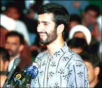 حجاریان را خدا زد/خاک بر سر همهتان. مصداق شده احمدینژاد؟