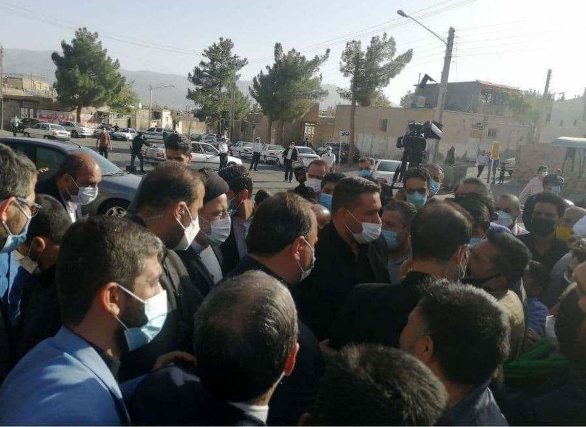 ریس جمهوری در محله کاظمیه بیرجند حضور یافت