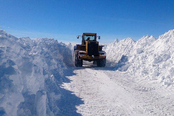 مسدود شدن راه ۲۴۰ روستای آذربایجانغربی در اثر بارش شدید برف و کولاک