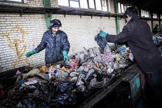 پیمانکار تفکیک زباله  کرج مورد پیگرد قانونی قرار گیرد