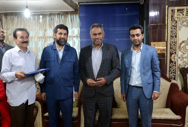 نانوای خَیر آسیب دیده در سیلاب خوزستان تقدیر شد+ببینید