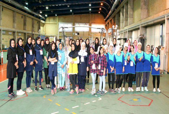 شرکت کنندگان در دومین دوره جشنواره المپیاد استعدادهای برتر رشته گلف تست دادند