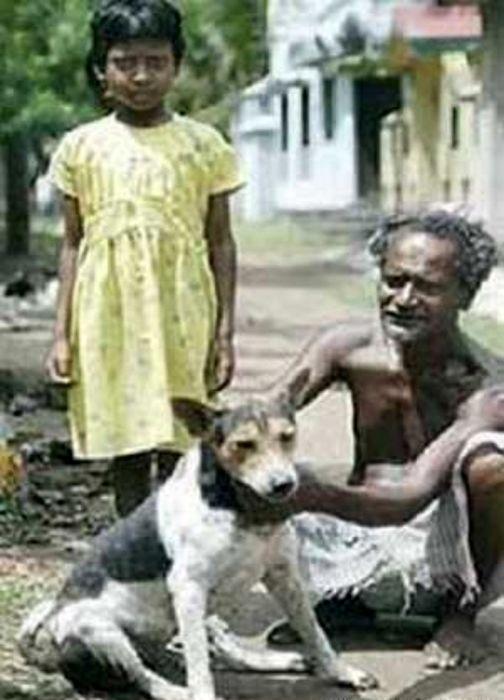 ازدواج اجباری دختر ۹ساله با یک سگ!+ عکس