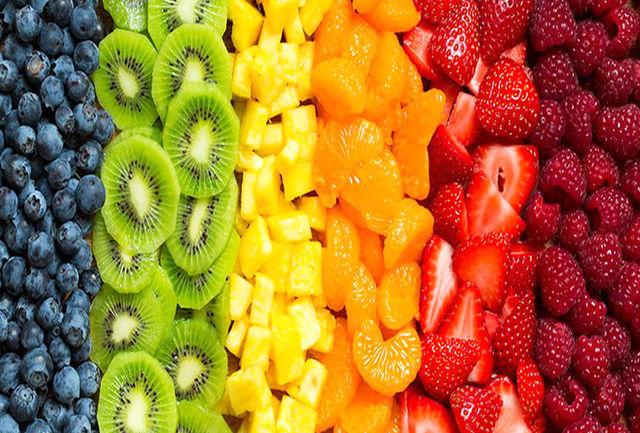 با خوردن این میوهها از سفید شدن مو جلوگیری کنید!