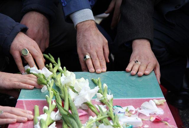 پیکر چهار شهید گمنام در یزد بدون حضور عمومی تشییع میشود