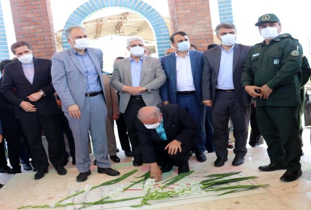 آیین افتتاح یادمان شهدای گمنام مسکن مهر رشت