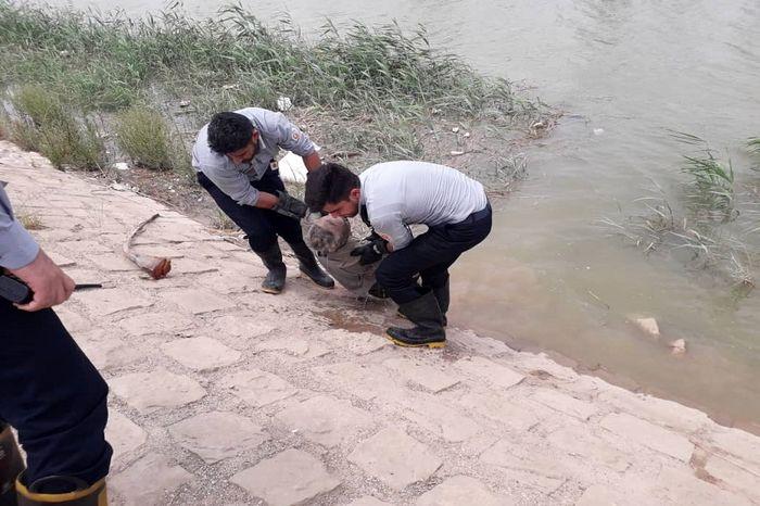 کشف جسد مرد ۴۰ ساله در رودخانه بهمنشیر