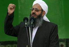 مولانا عبدالحمید عازم حج شد+عکس