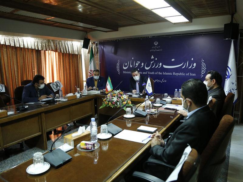 جلسه معاون وزیر ورزش و جوانان با نمایندگان هلال احمر