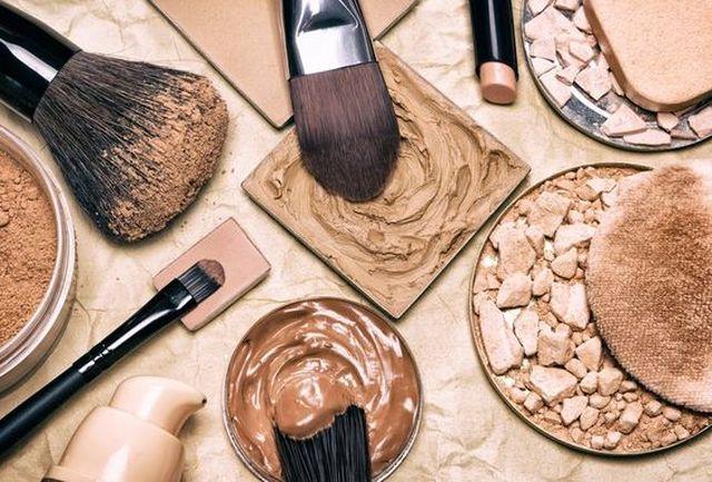 خطر در کمین خانمهایی که هر روز آرایش میکنند