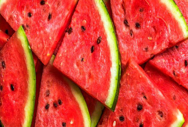 این میوه را به هیچ عنوان با شکم خالی نخورید