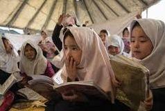 توزیع ۱۱۰ پک تحصیلی در بین دانش آموزان