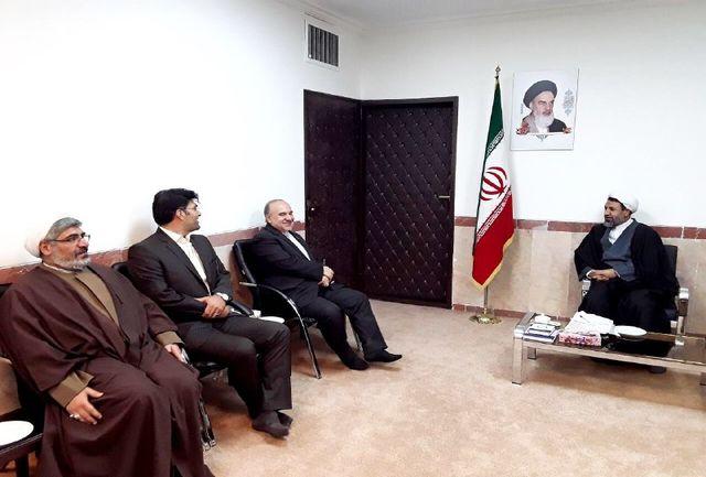 دیدار وزیر ورزش و جوانان با نماینده ولی فقیه در استان و امام جمعه کرمان