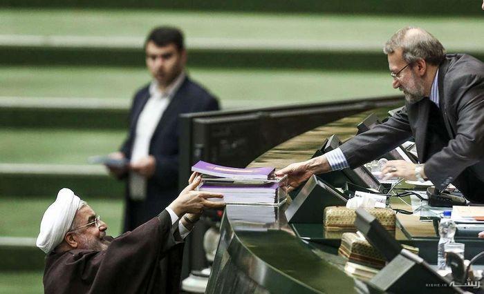 رئیس جمهور برای ارائه بودجه به مجلس میرود