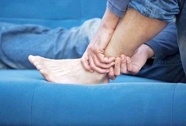 چرا گاهی پاهایمان گز گز میکند؟