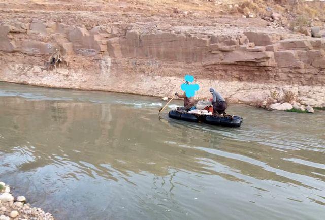 جلوگیری از کشتار ماهیان با برق در پلدختر با دستگیری ماهیگیران متخلف