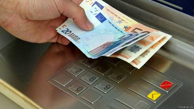 """راهکارهای استفاده از """"پول"""" در روزهای کرونایی"""