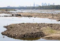 تداوم خشکسالی در آلمان باعث پیدا شدن شهر آتلانتیس از زیر آب شد