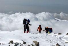 نجات 6 نفر از شهروندان گرفتار شده در قسمت جان پناه قله توچال