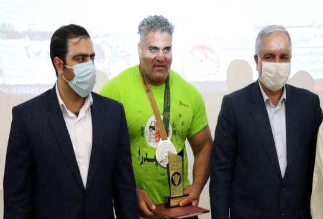 حضور استاندار سیستان و بلوچستان در فینال مسابقات قویترین مردان ایران