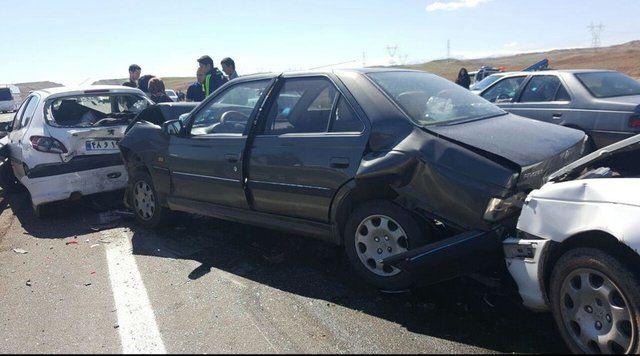 تصاویری جالب از تصادف 80 خودرو در شیراز+ببینید