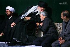 بوسه رهبر انقلاب بر سر سردار سلیمانی