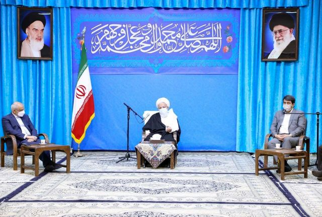 دیدار وزیر آموزش و پروش با نماینده ولی فقیه در استان یزد