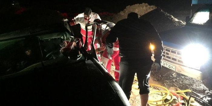 تصادف شدید و مرگبار نیسان و کامیون