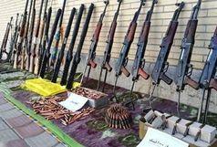کشف دو محموله اسلحه قاچاق در مرزهای غربی