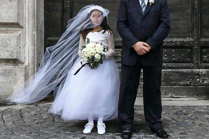 وام ازدواج 100 میلیون تومانی کودک همسری را افزایش میدهد؟/مراقب مرگ انگیزه دهه شصتیها باشید