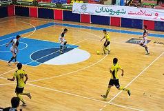قهرمانی تیم پیروزی در مسابقات جام رمضان نونهال شهرستان بیرجند