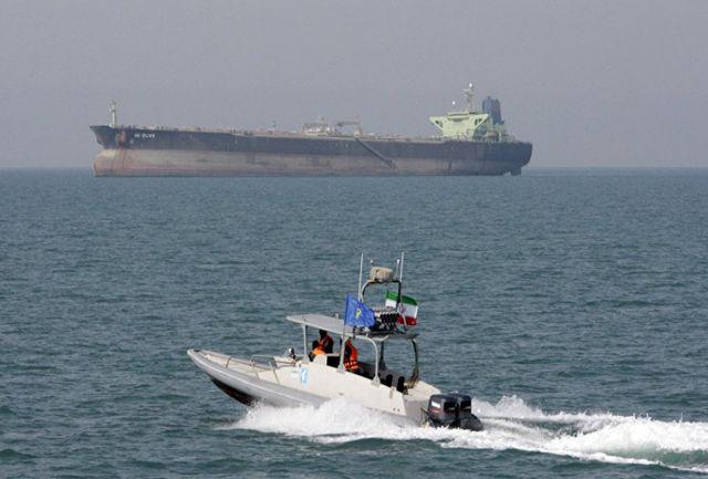 وحشت نفتکشهای انگلیسی از قایقهای سپاه