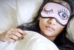چند راه آسان برای از بین بردن پف زیرچشم بعد از خواب