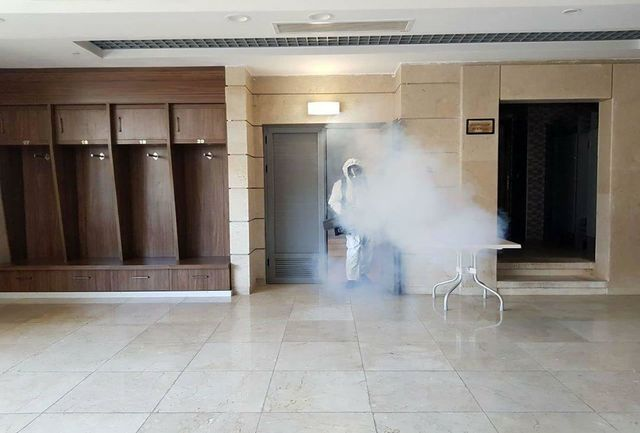 رختکنهای دو تیم استقلال و تراکتور و محل استقرار داوران ضدعفونی شد