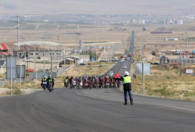 حضور رکابزنان پیشگامان در مرحله نهایی لیگ برتر جاده کشور