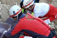 نجات کوهنورد رشتی از کوهستان شیرین دشت