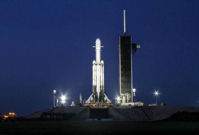 فالکون هوی 24 ماهواره را به فضا برد
