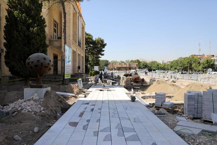 پیشرفت 15 درصدی کف سازی میدان امام حسین (ع)/ خیابان سپه امسال پیاده راه می شود