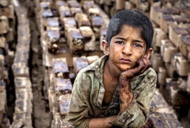 بررسی رمان «الیور توئیست» به بهانه روز مبارزه با کار ِکودکان