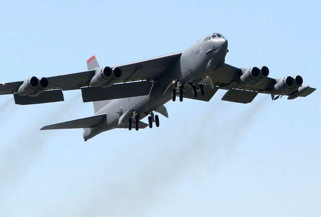 پرواز بمب افکنهای استراتژیک آمریکا بر فراز خلیج فارس