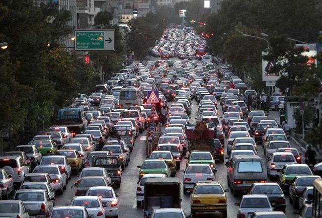 ترافیک صبحگاهی در غرب به شرق همت و حکیم