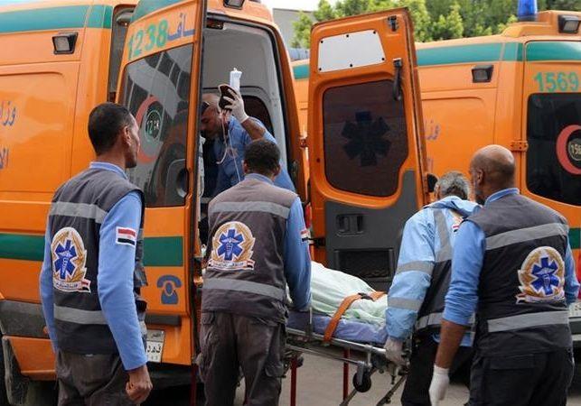 ۲۱ کشته و زخمی در تصادف مینی بوس با کامیون