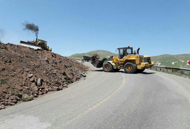 عملیات بهسازی جاده های الموت اجرا شد